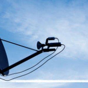 Włochy: nawet satelity potrzebują sieci FTTH